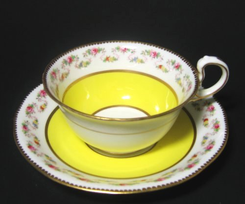 Aynsley Yellow Victorian Rose tea cup saucer