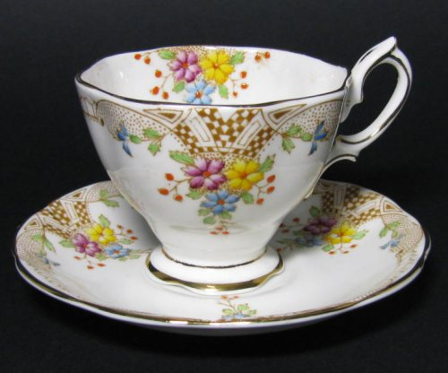 Vintage Royal Albert Deco Bouquet Floral Tea Cup