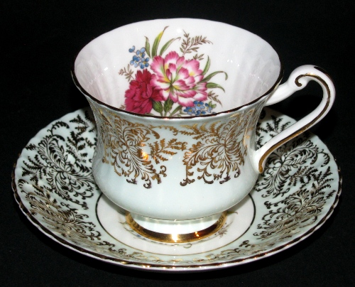 Gorgeous Paragon Gilt Floral Teacup and Saucer