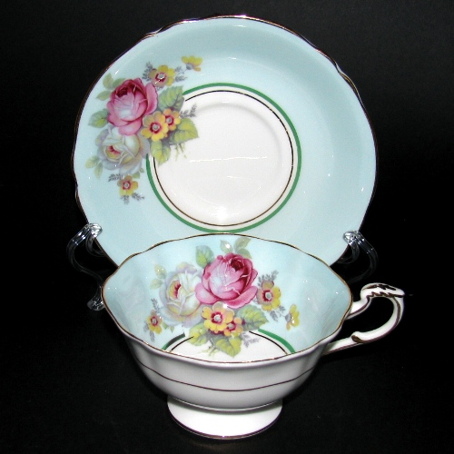 Paragon Red White Roses Teacup
