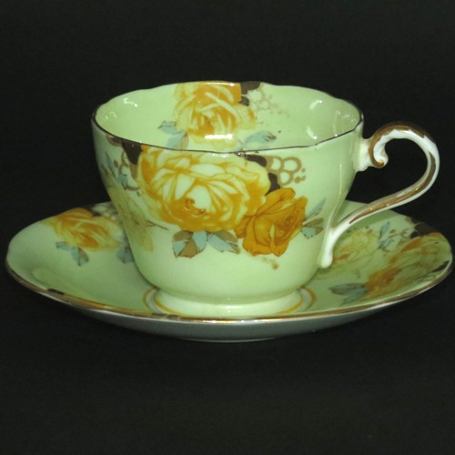 Cabbage Rose Teacup