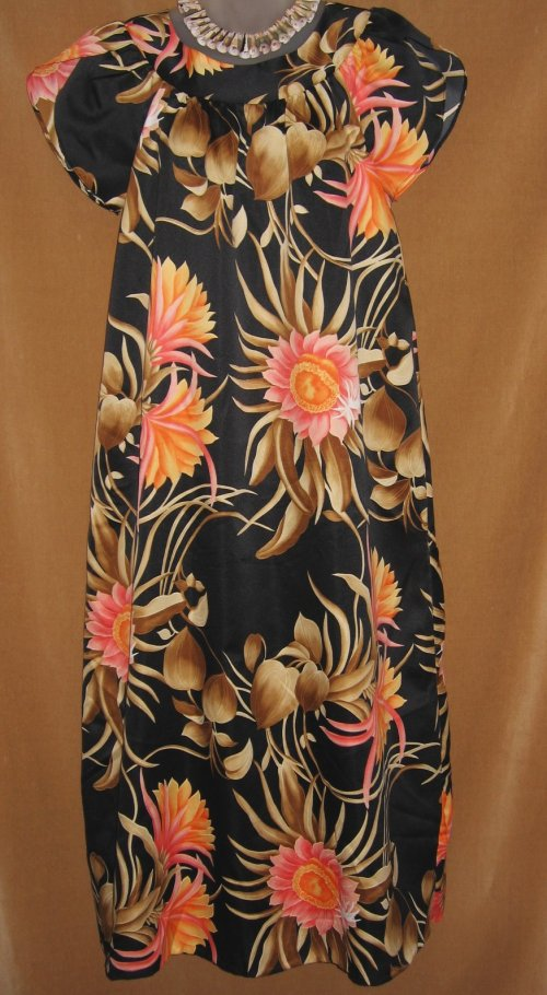 Hawaiian Muumuu Peach Pink Tropical Flowers
