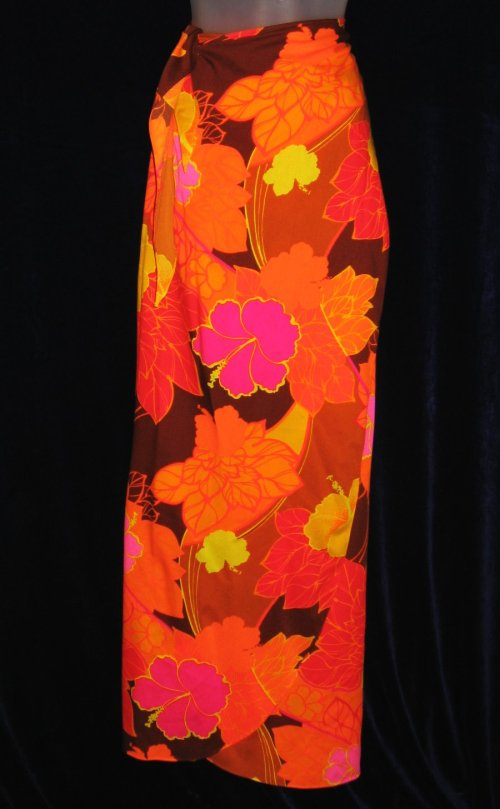 Pomare Hawaiian Sarong Flower Power Wrap