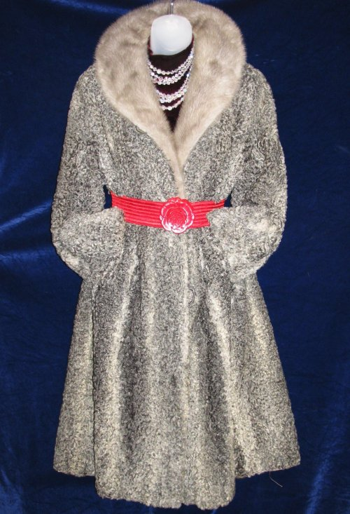 Vintage Curly Silver Gray Variegated Persian Lamb Fur Coat