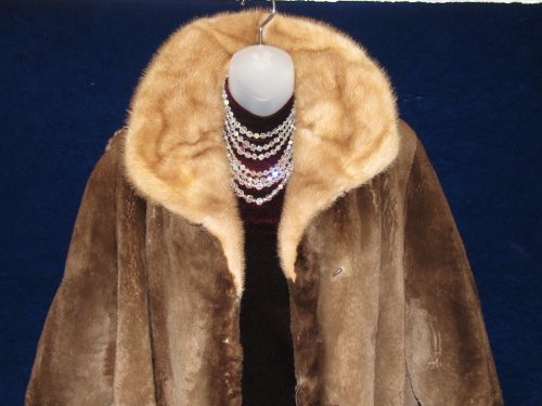Vintage Beaver Fur Coat Accessorized