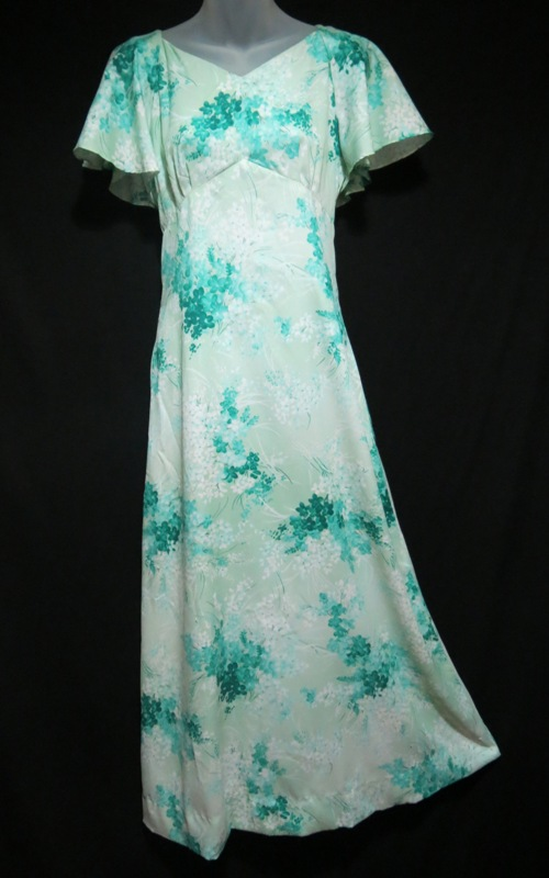 Hukilau Pastel Green Floral Hawaiian Dress