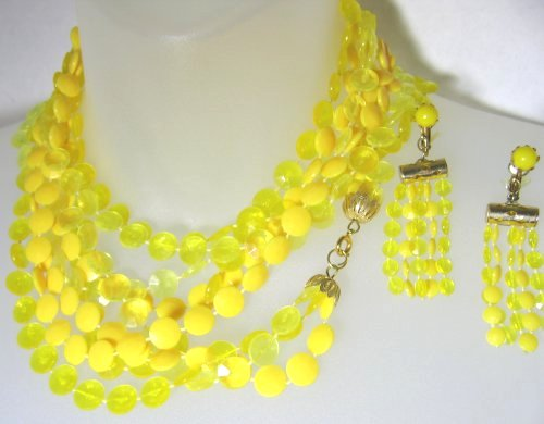 Yellow Necklace Hong Kong