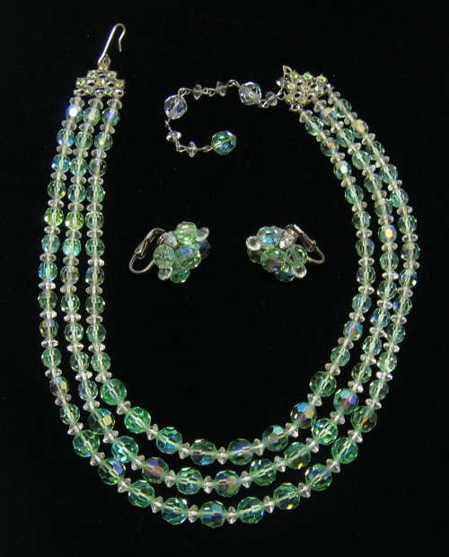 Vintage Green Crystal Necklace and Earrings