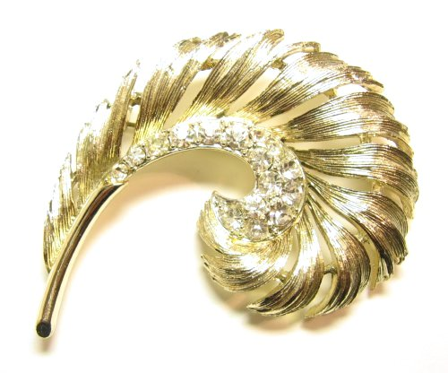 Vintage Lisner Feather Brooch