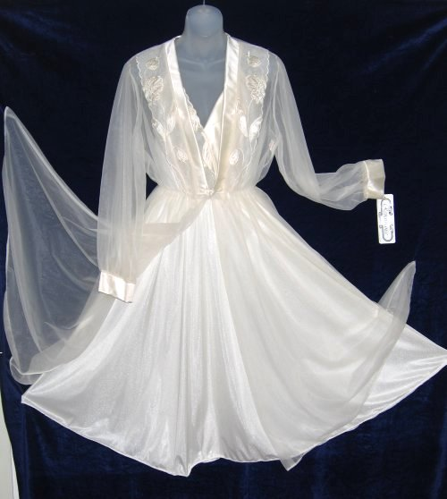 Cahill Renaissance Ivory Applique Sheer Peignoir Set