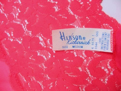 Henson Kickernick Tag Red Lace