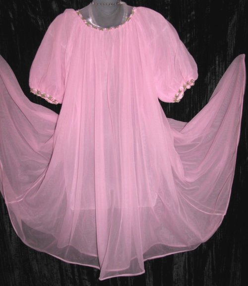 Vintage Vanity Fair Pink Peignoir Robe
