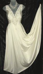 Vintage Olga Nightgown